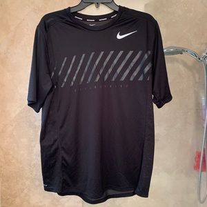 Worn Once Nike Running Dri Fit Shirt Large